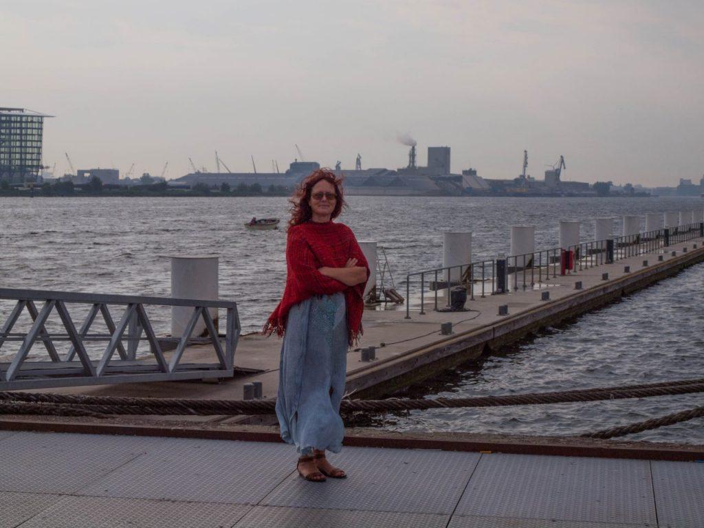 Was macht man in Amsterdam? zu Fuss und mit der Fähre nach De Pllek. Amsterdam in 2 Tagen. | Things to do in Amsterdam couples.