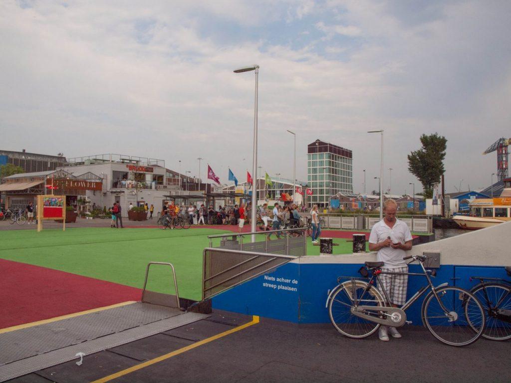 Wohin in Amsterdam, zu Fuss und mit dem Fahrrad. Amsterdam Blog Tipps. | Cheap things to do in Amsterdam.