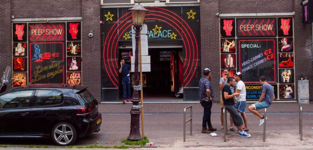 Amsterdam Sehenswürdigkeiten Rotlicht - Amsterdam Tipps Insider - Rotlichtviertel Amsterdam Tipps - Amsterdam Rotlichtviertel Adresse