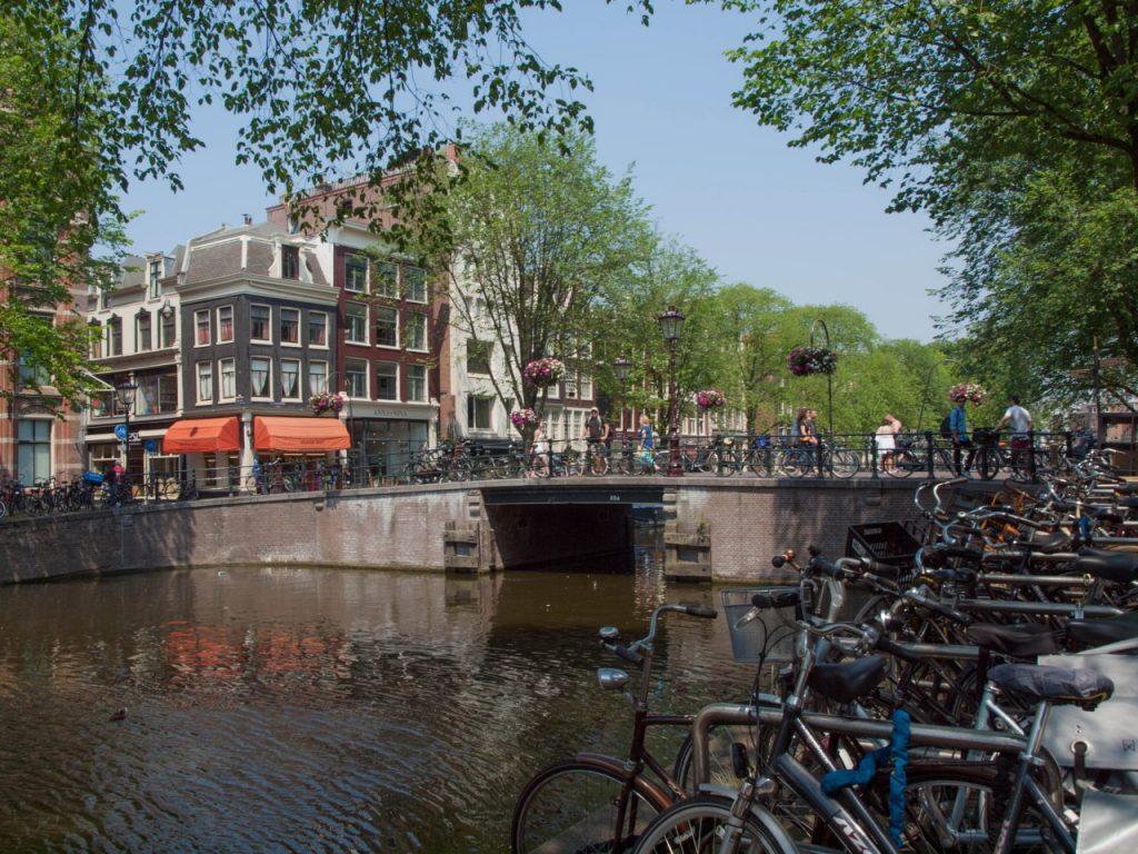 Amsterdam, Venedig des Nordens. Mit dem Fahrrad durch Amsterdam.