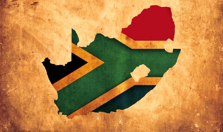 Wie ist das Leben in Südafrika und kann man ein Bankkonto in Südafrika eröffnen mit einem Touristenvisum? Arbeiten in Südafrika war die Idee, aber viele bürokratische Hürden standen diesem Plan beim Auswandern nach Südafrika im Wege. Lies Marcelle's persönliche Erfahrungen, nützliche Informationen und Tipps.