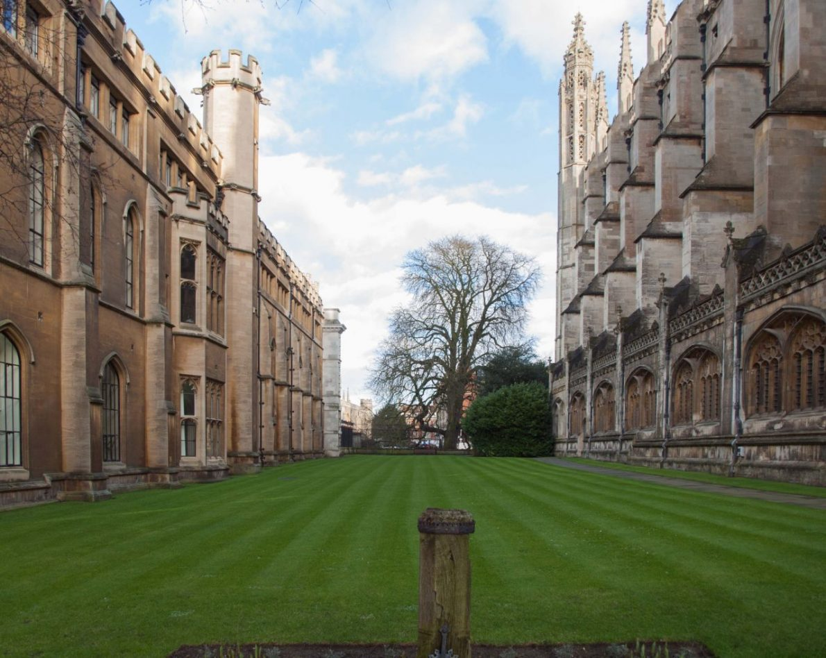 Cambridge. couchsurfing pros and cons.