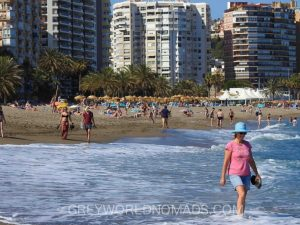 Holidays in Spain: Cheap flights from most of the European towns and affordable accommodation make it possible. Costa del Sol in shoulder season? It's great!