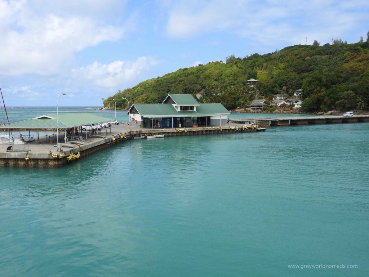 excursion praslin la digue, ferry Praslin La Digue. cat rose ferry.