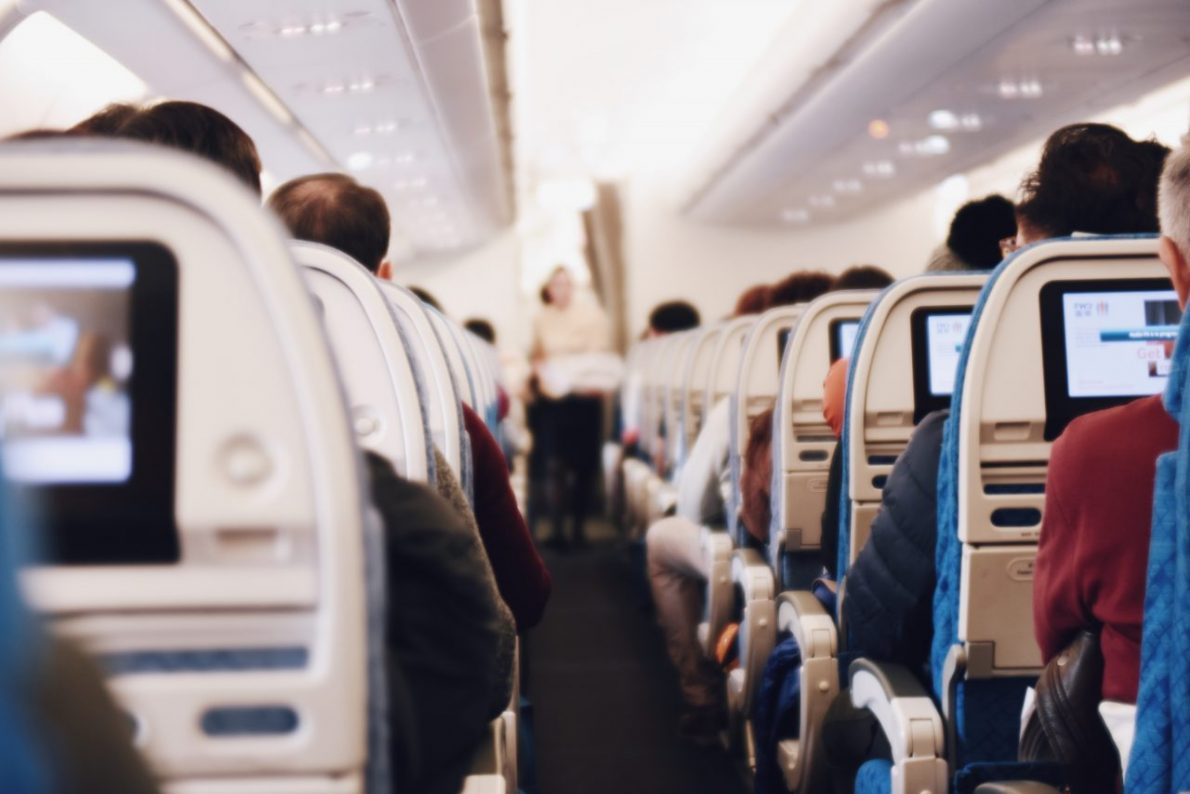 what is a long haul flight. Long Haul Flight Tips and Beauty Advice, what to wear long haul flight economylong flight travel tips.