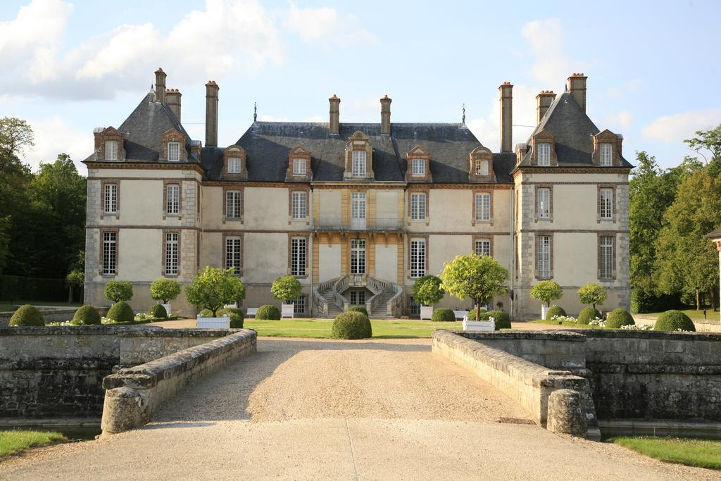 Chateau Hotel de Bourron-Marlotte - castles near paris, chateau holidays in france