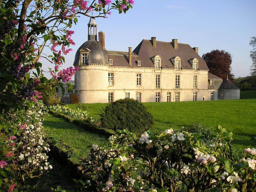Chateau D'Etoges - Fairy Tale Castle