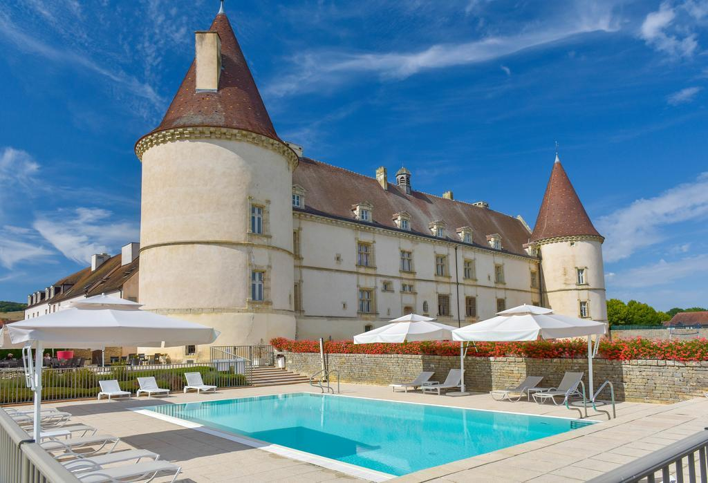 Chateau Hotels in Burgundy France: Chateau de Chailly, Boutique Hotel Bourgogne. burgundy chateau hotels.