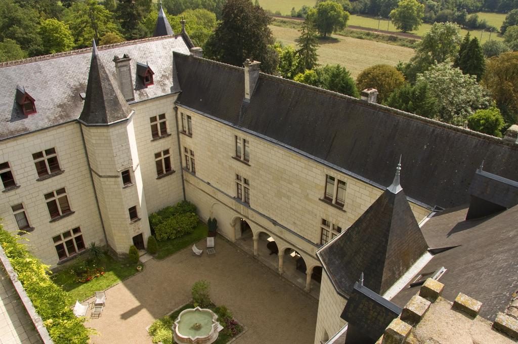 Chateau de Chissay: Stay in a Castle in Loire Valley France. loire valley chateaux hotels. loire valley castle hotels. castles to stay in loire valley france. Loire Schlösser Tipps, Tal der Schlösser.