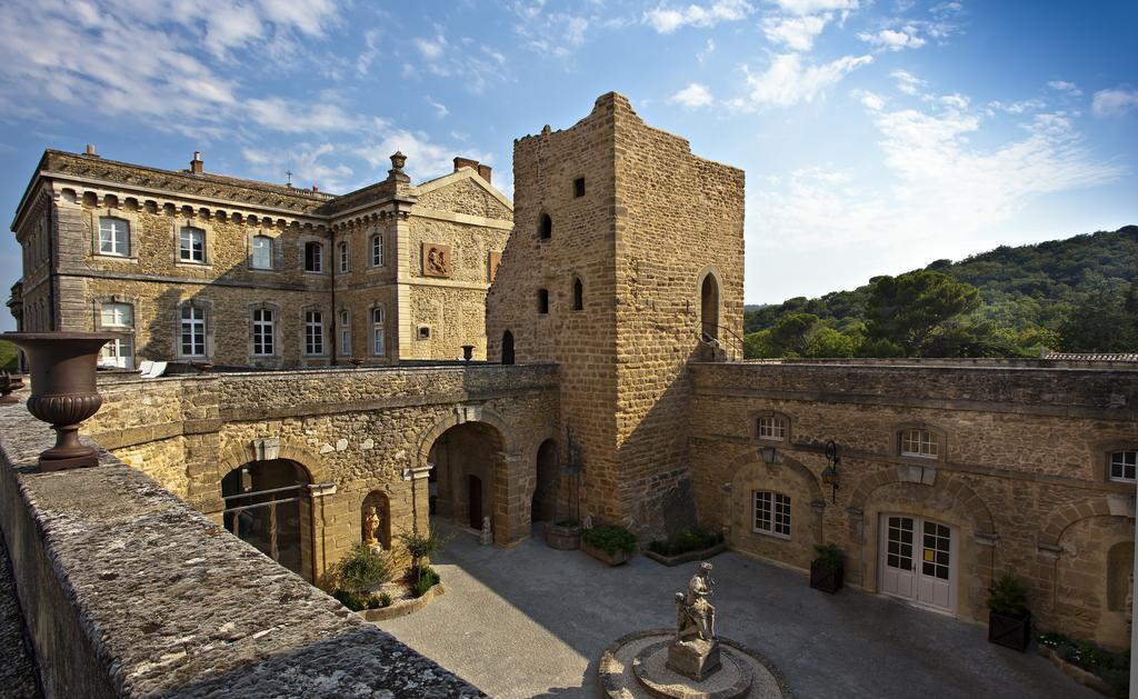 Chateau de Rochegude - castles in southern france