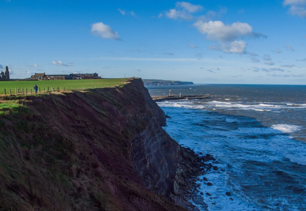 Self-drive holidays in UK, self-drive tours: North York Moors. trips in uk. where to stay in uk. best parks in England.