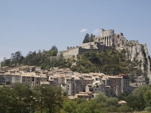 Auvergne Rhone Alpes - places to live in France - where is the best place to live in France ?